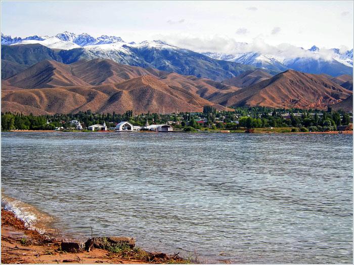 Озеро Иссык-Куль. Киргизия