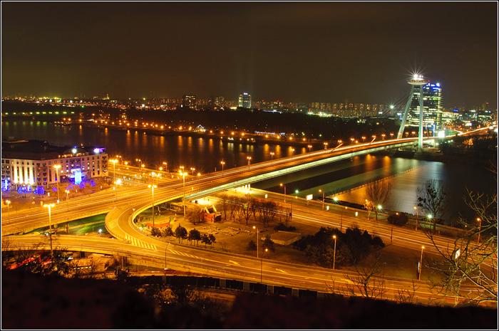 Братислава ночью