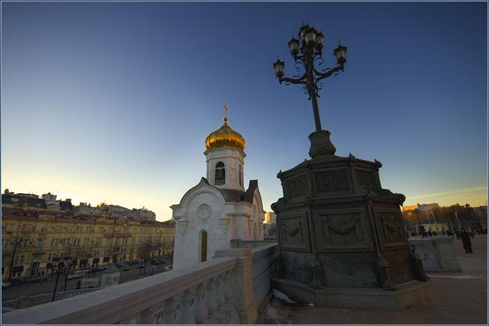 Храм Христа Спасителя. Мост. Москва