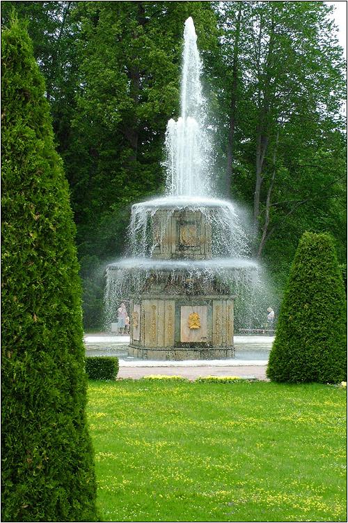 Петергоф. Римский фонтан