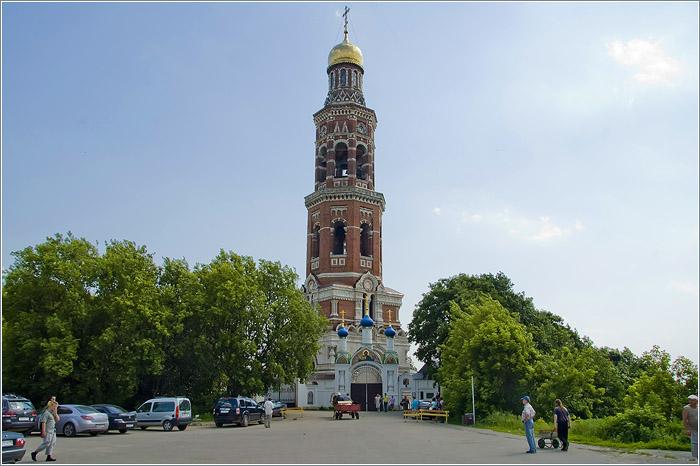 Иоанно-Богословский монастырь и святой источник в Пощупово
