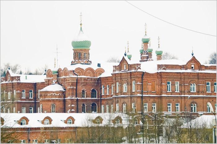 Церковь Иоанна Лествичника в Семинарском корпусе  Свято - Троице Сергиева Лавра. Сергиев посад.
