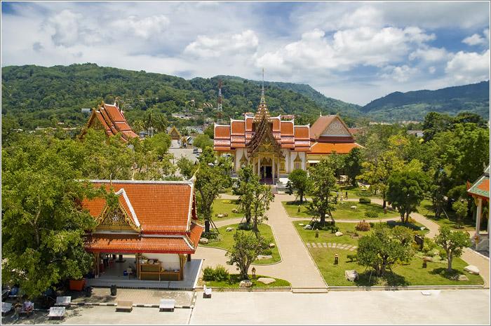 Буддистский монастырь Ват Чалонг на острове Пхукет