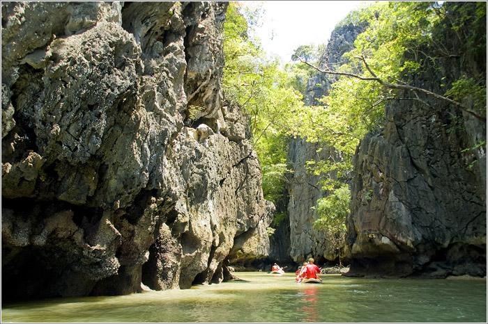 Тайланд. национальный парк Пханг-Нга. Острова.
