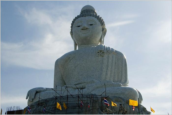 Тайланд. Пхукет. Большой будда