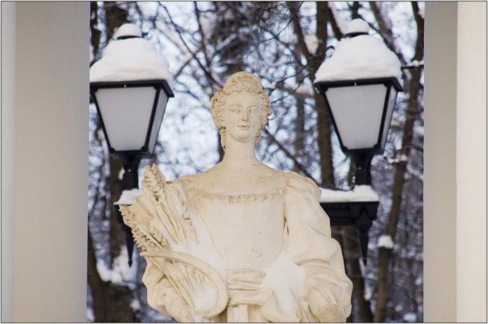 Золотой сноп. Статуя Цереры
