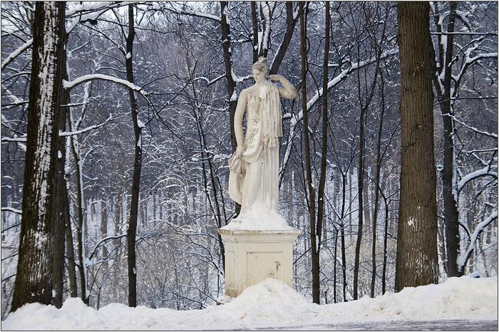 Скульптура. Царицыно парк - усадьба.