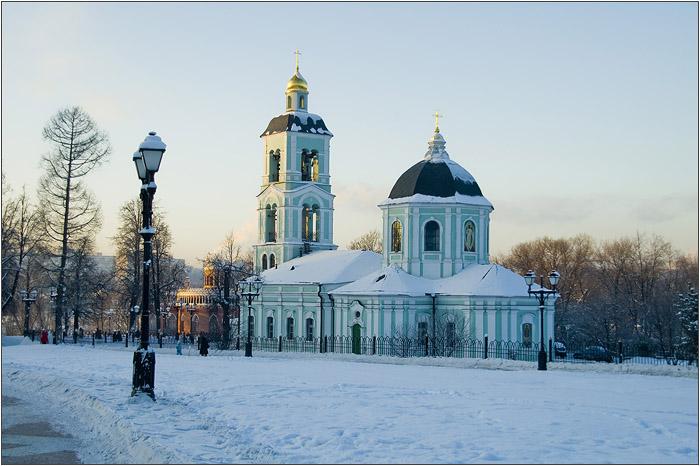 Церковь во имя Иконы Божией Матери Живоносный Источник  в Царицыно